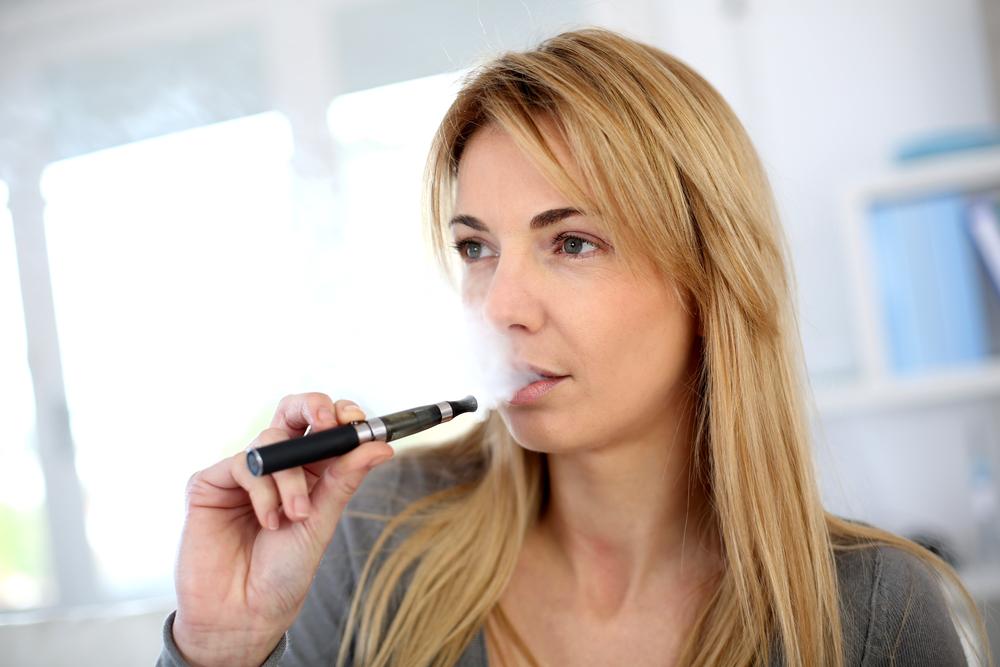 Photo of Pourquoi l'e-cigarette est-elle si prisée ?