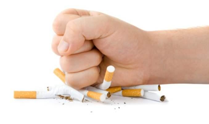 Photo of Plus d'un tiers des Français soutiennent l'efficacité de l'e-cigarette pour arrêter de fumer