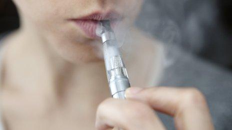Photo of Législation européenne : il faut défendre la cigarette électronique !